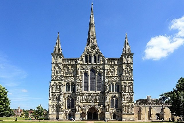 Готический собор (Salisbury Cathedral)